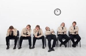 為什麼期刊的論文審查過程要花很長的時間才能夠完成?