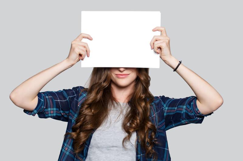 將論文送交匿名審查前,該如何徹底隱藏作者姓名?
